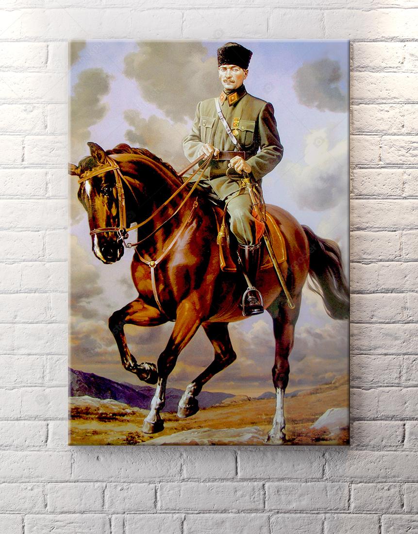 Yağlı Boya Görünümlü At Üstünde Atatürk